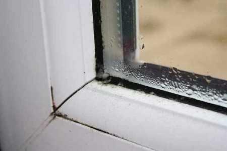 Почему запотевают пластиковые окна; komfortbalokn.ru