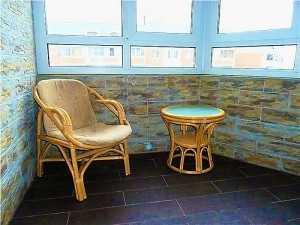 2.Стильная и практичная отделка балконов камнем. Престиж балкон СПб, https://komfortbalkon.ru