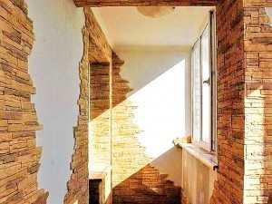 Отделка балкона плиткой ООО Престиж балкон СПб, 701-07-79; 980-24-90