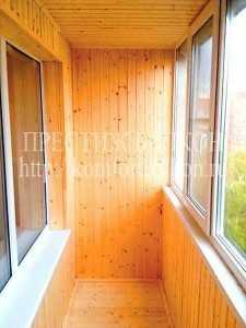 Отделка балкона Евро вагонкой ООО Престиж балкон СПб, 701-07-79; 980-24-90